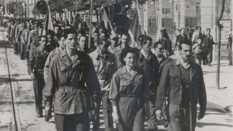 colonna di partigiani